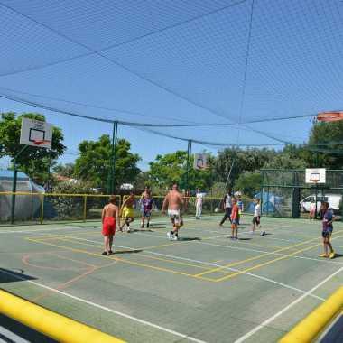 terrain de basket camping village corsaire des deux plages chatelaillon
